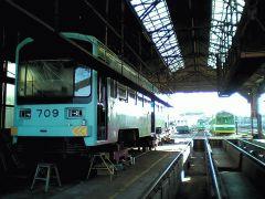tram.shako.jpg