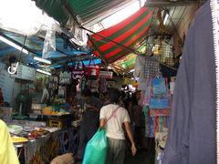 market.warakhan.jpg