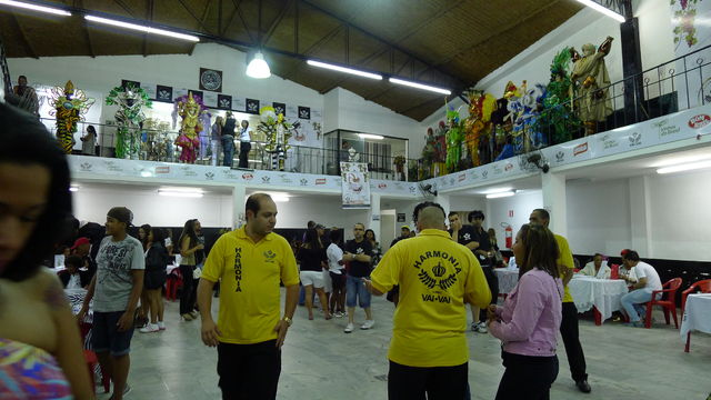 samba_school1.jpg