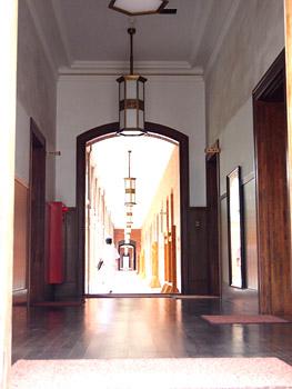 この廊下を歩いてみたい