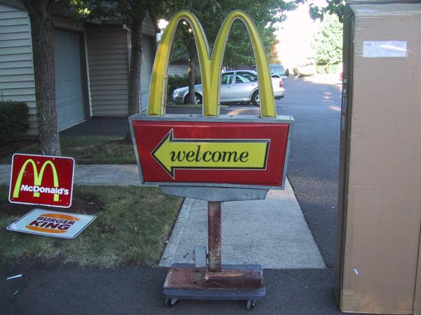 非売品 米国マクドナルド ドライブスルー店舗用サイン