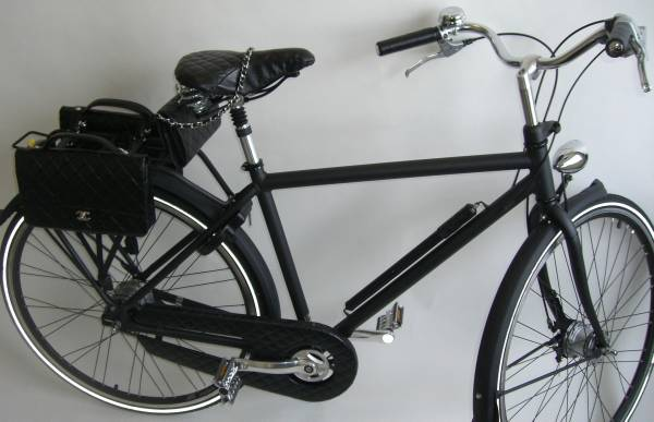 CHANELシャネル自転車貴重世界限定品