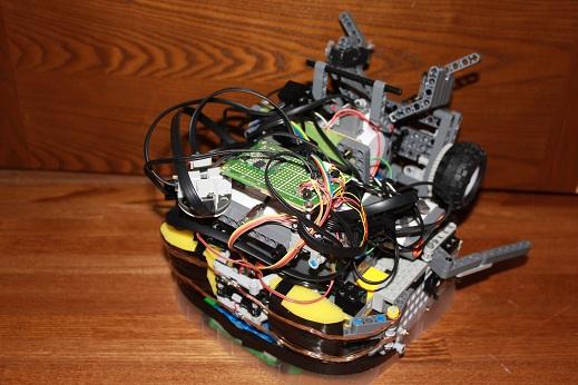 関東ブロックで使用したLuzのロボットです。東東京ノードで使用したロボットとは別機になります。