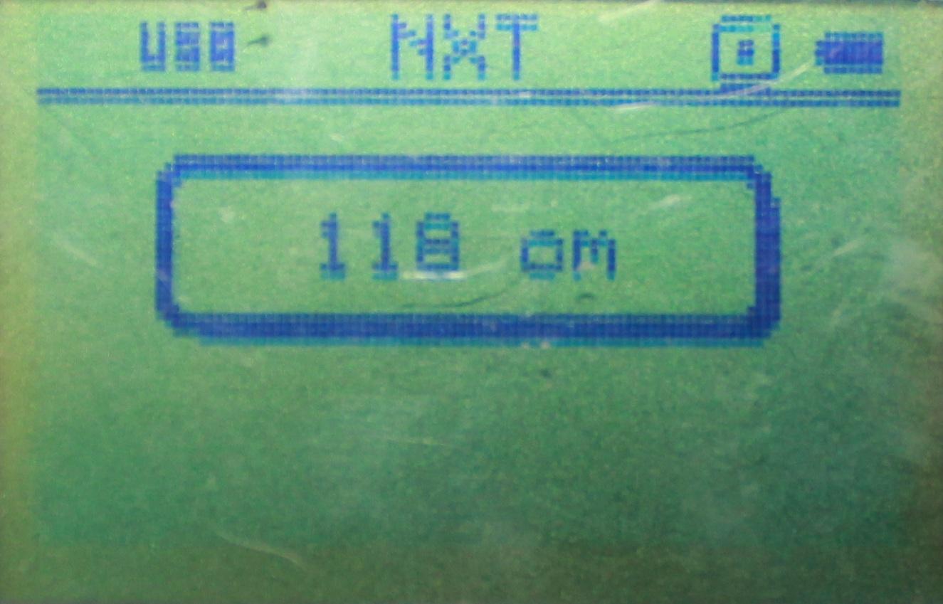 コンパスセンサーの値を表示しています。ここでは118と出ているので実際の方位は236度;ですね(多分・・・)あと、単位にcmとついていますが、これは元々超音波センサーの測定に使うものだからなんですね。とりあえず気にしないでください。