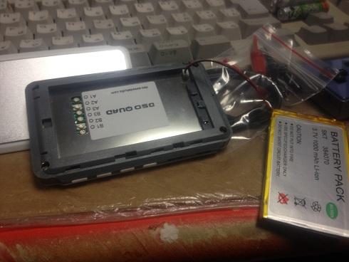 電池です。基本から寸前なので入れたらすぐに充電しましょう。