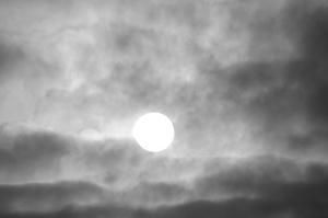 モノクロの太陽