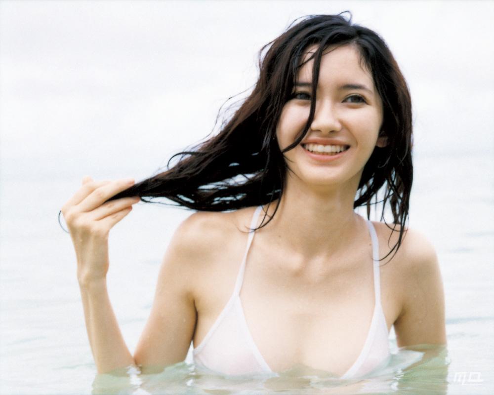 市川紗椰 Saya Ichikawa