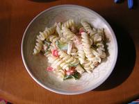 ショートパスタのサラダ
