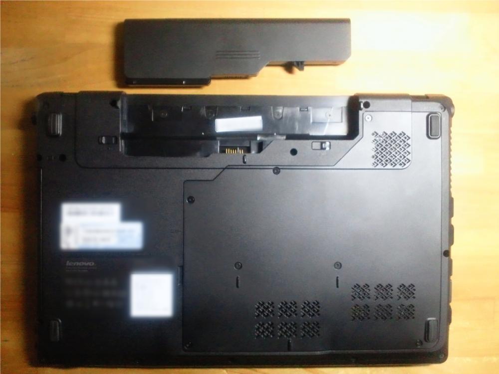 G560 背面 写真