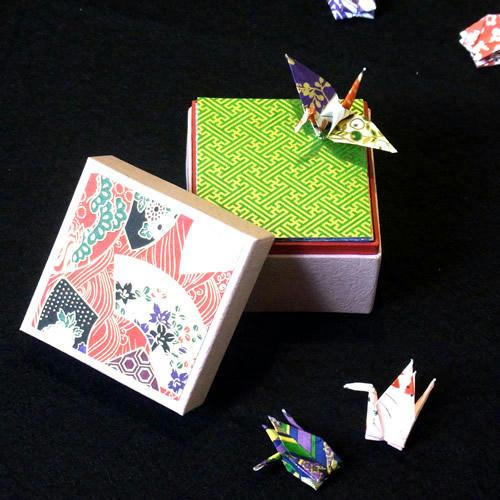 箱入り 友禅和紙 折鶴