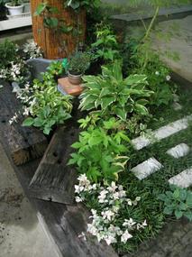 枕木和風ガーデン