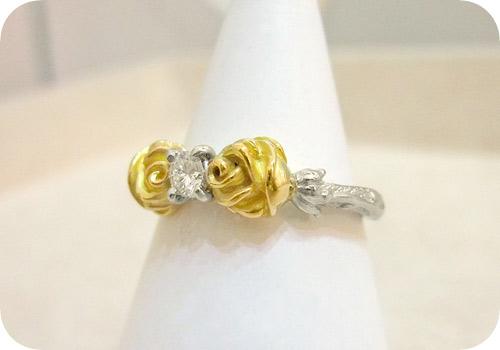 金のバラでダイヤリング!