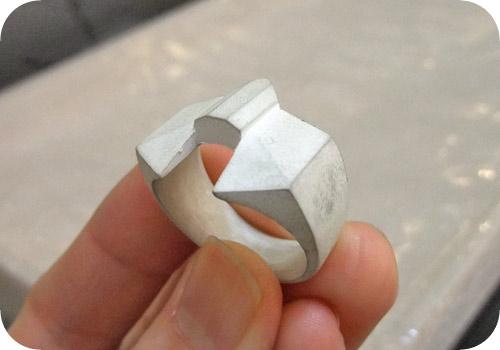 【タイバニ】 バーナビーの黒い指輪作るよ! 【斜めから撮影】