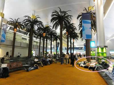 ドバイ ターミナル1