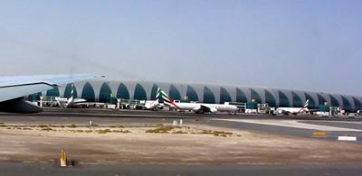 ドバイ空港 ターミナル3