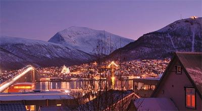 ノルウェー トムロソの極夜期間の真昼