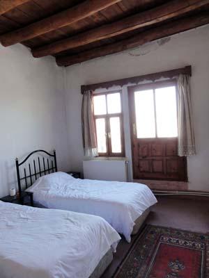 yasins place 3人部屋