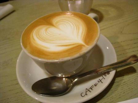 cafe415_white_chocomoca.JPG