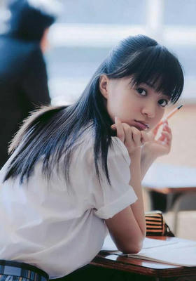 aizawa-rina_025