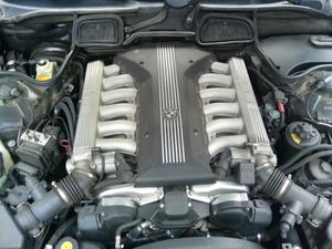 BMW  E38 750iL    V12 5400cc
