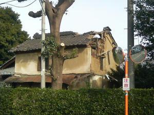 建物破壊 廃墟かな???
