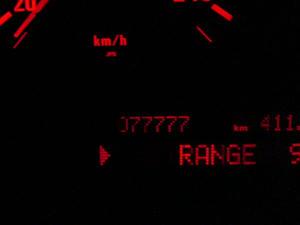 俺のBMWの走行距離が77777キロに到達