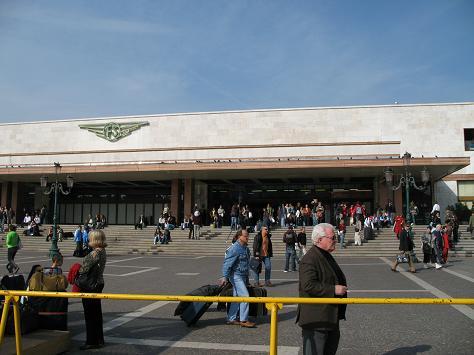 ヴェネチア駅外観
