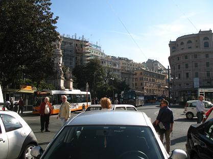 ジェノバ・ピアッツァ・プリンチペ駅前