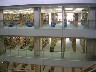 図書館.jpeg