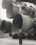 S-IC_engines_and_Von_Braun.jpg