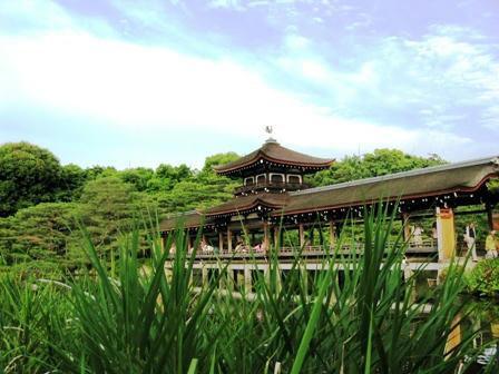 東神苑の泰平閣