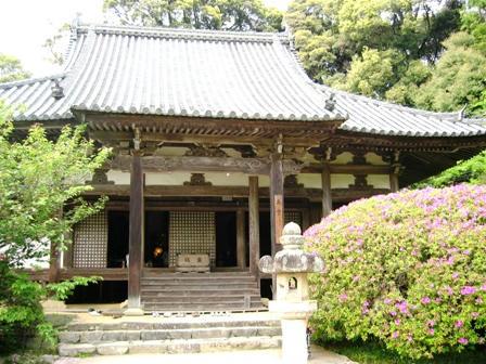 長岳寺のお堂