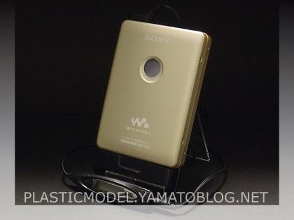 ジャンク品カセットウォークマンWM-EX621