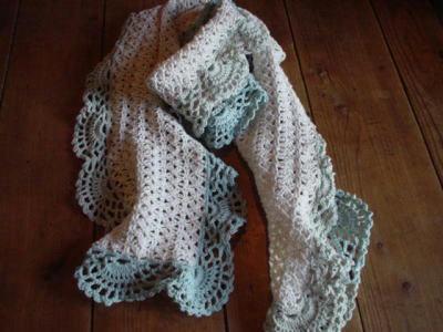 かぎ針編みのマフラー3
