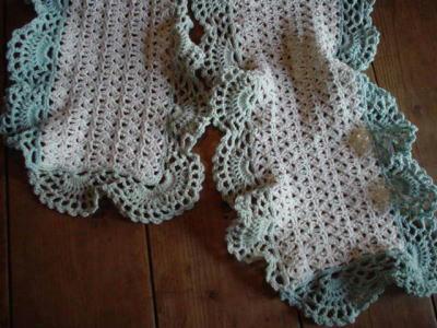 かぎ針編みのマフラー2