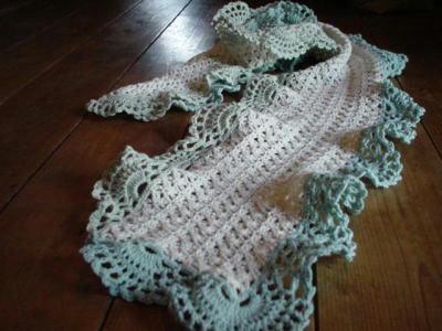 かぎ針編みのマフラー1