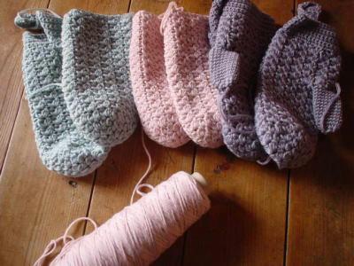 ミトン編みかけ