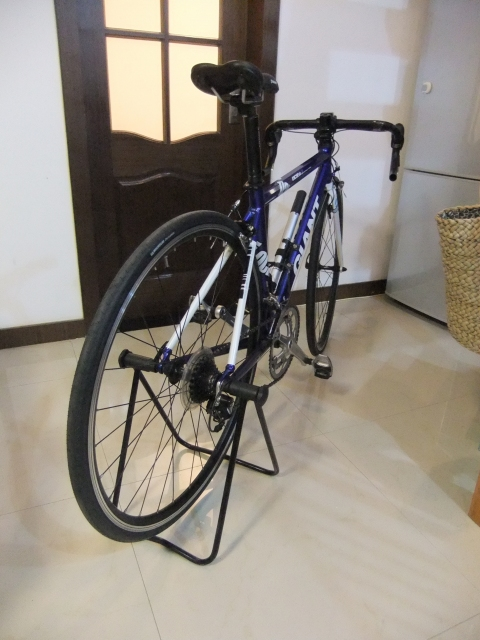 自転車の 反射板 自転車 シール : 追加で購入したパーツはペダル ...