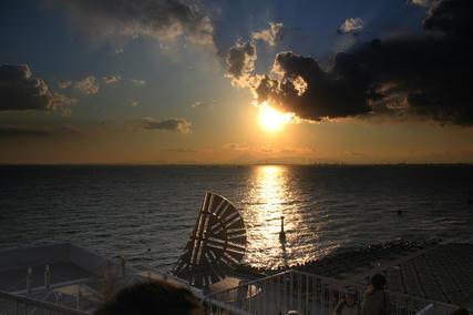 海ほたる・夕陽