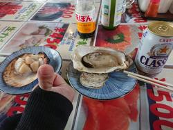 二条市場でホタテ&牡蠣