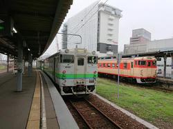 函館からボロ電で新函館北斗へ
