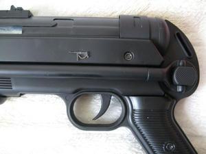 mp40-3.jpg