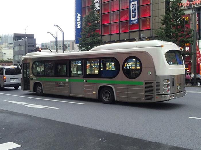 ユニークなバス