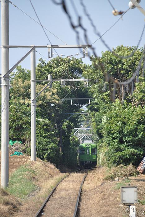近づく電車