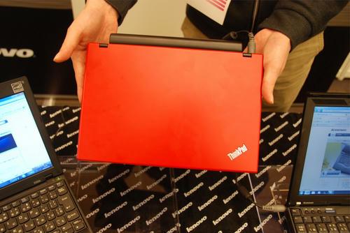 ThinkPad X100eを上から見る