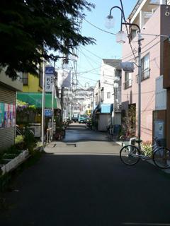 「ゆ処 神明湯」のある商店街
