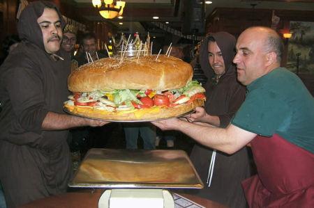 biggest_burger2.jpg