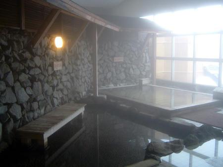 足つぼの湯と総檜風呂