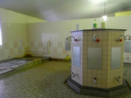 8角形の洗い場
