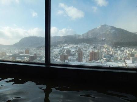 函館山を望む